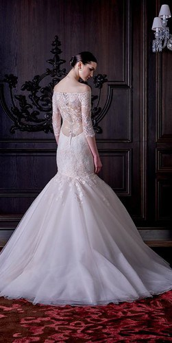 classic-wedding-dresses-monique-lhuillier-3-251x500