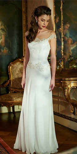 classic-wedding-dresses-pronovias-elbeth-gallis-8-250x500