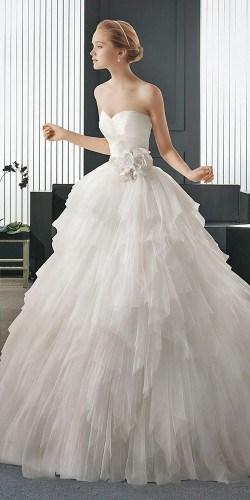 classic-wedding-dresses-rosa-clara-6-250x500