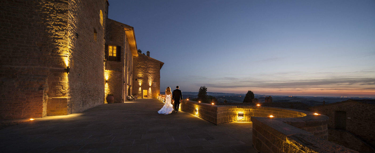 Location Matrimonio Bohemien : Toscana resort castelfalfi la location perfetta per un