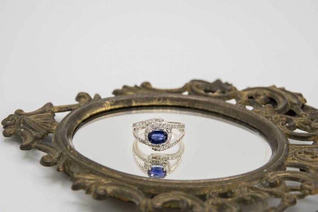 Come valutare e scegliere un diamante