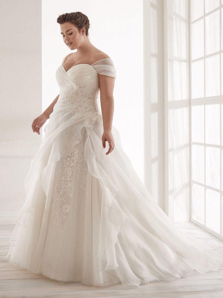 abiti da sposa curvy